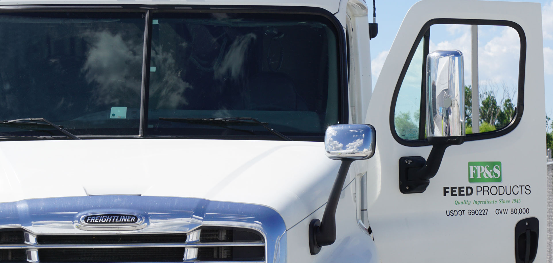 Photo of an FP&S Freightliner truck at our Madison facility